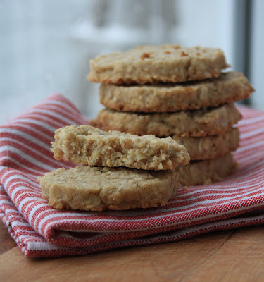 Classic oat cakes are buttery with a little crunch