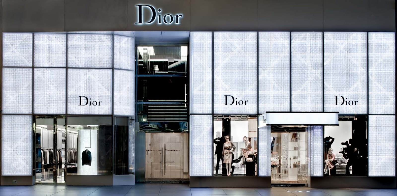 niwdenapolis DIOR HOMME REOPENS NEWLY RENOVATED FLAGSHIP