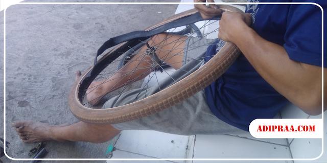 Pemasangan Ban Dalam Sepeda Onthel | adipraa.com