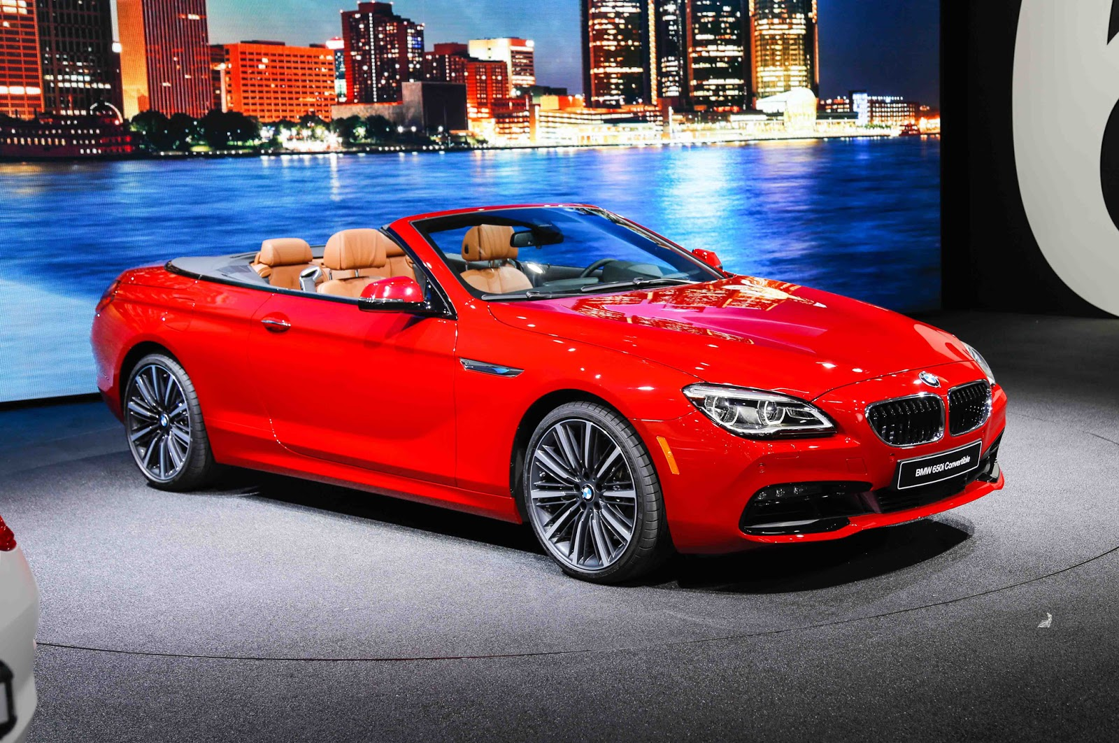 auto tops direct 5 safest convertibles on the road. Black Bedroom Furniture Sets. Home Design Ideas