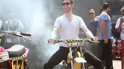 fuma%C3%A7a - O som é a alma da motocicleta!
