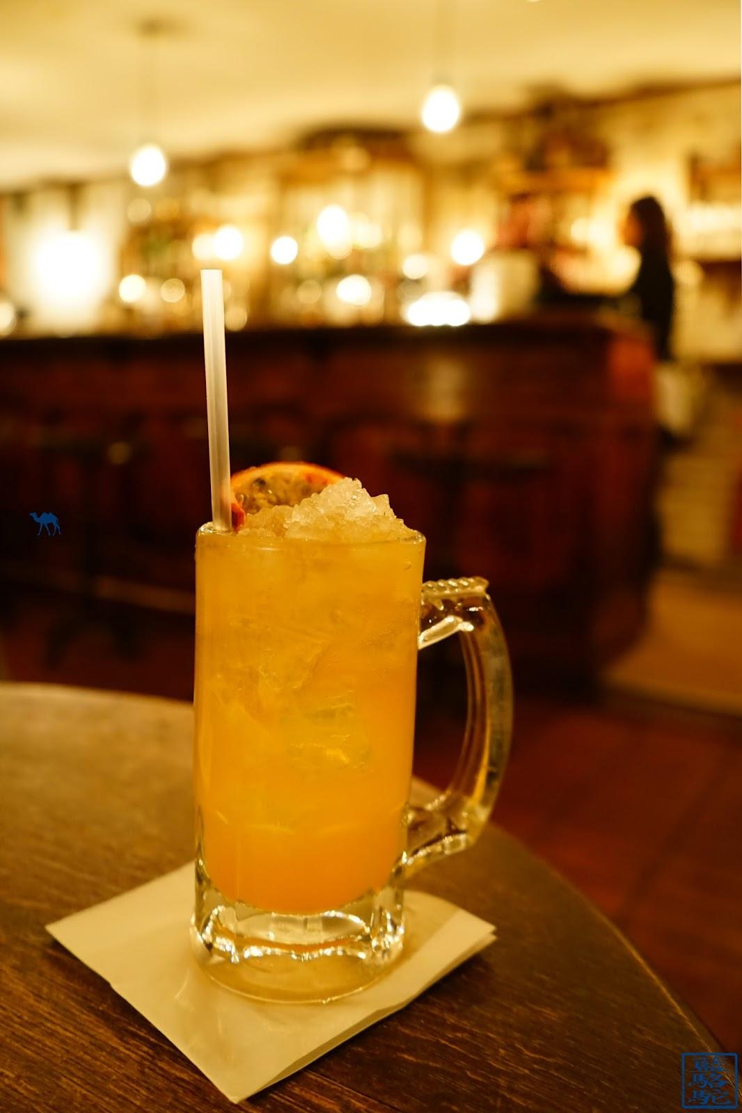 Le Chameau Bleu - Cocktail d'Evans and Peel