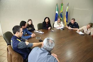 Prefeita Délia discuti melhorias para a Guarda Municipal de Dourados (MS)