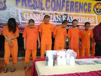 Polres Sleman Gulung 9 Orang Pengeder  Pil Sapi