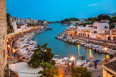 Conoce las bellezas del Mediterráneo en Menorca-TuParadaDigital