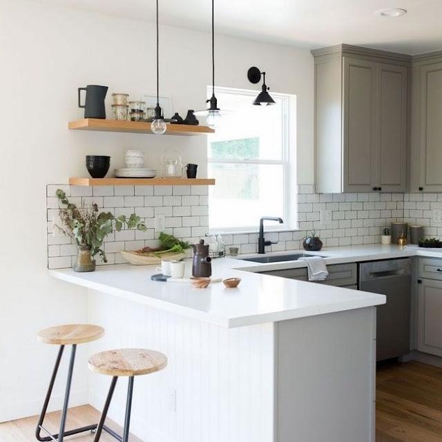 Desain Dapur Sederhana dengan Mini Bar
