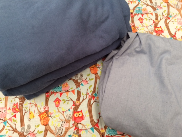 Dyed sheets and pillowcase