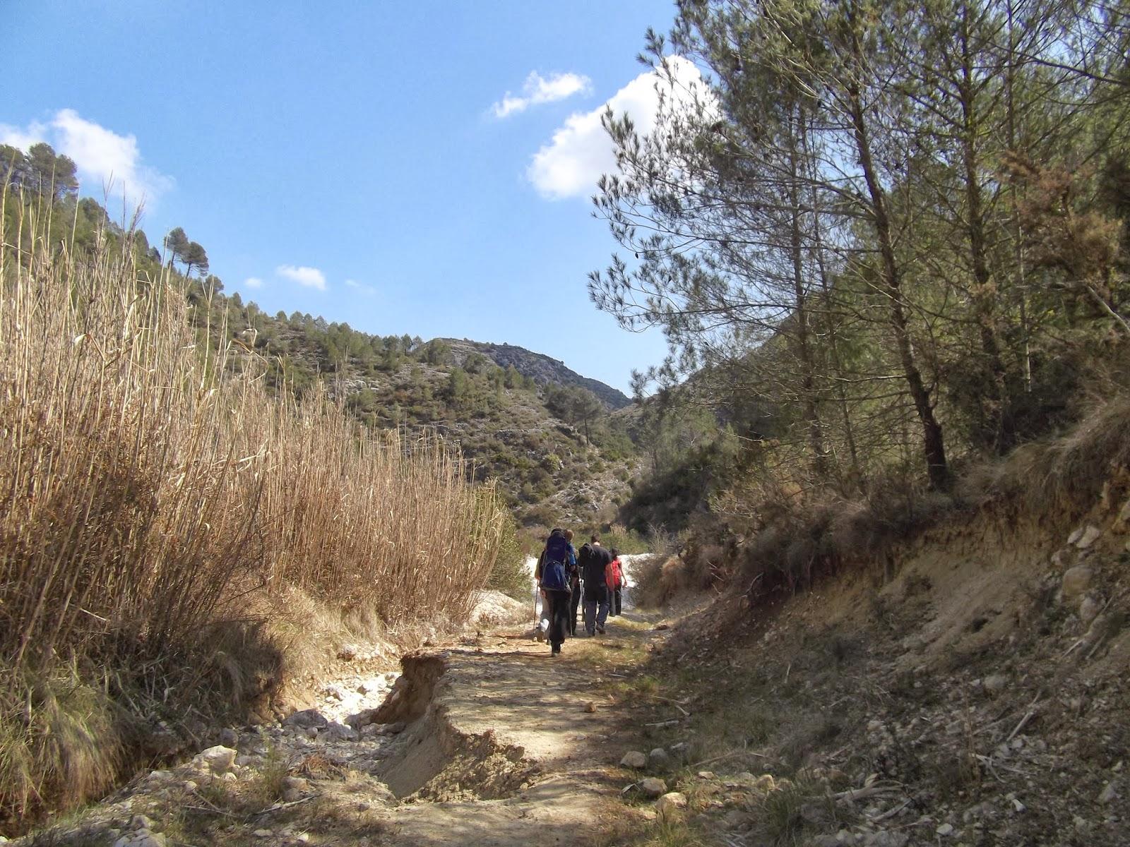 Ruta por el barranco del Infierno ~ EXCURSIONES Y SENDERISMO