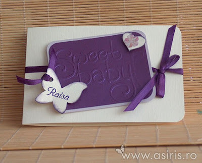Invitatii botez handmade personalizate Sweet baby mov cu inima, fluturas si floricica