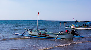 Individual travel, independent travellers, interesting places: Indonesia, Bali, Lovina, beaches in Bali.