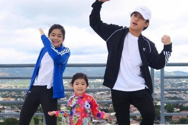 10 Potret Kompak YouTuber Hits Bersaudara, Ranz-Niana dan Si Bungsu!
