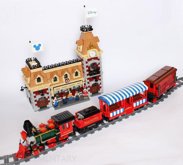 71044_Disney-Train-and-Station-model.jpg