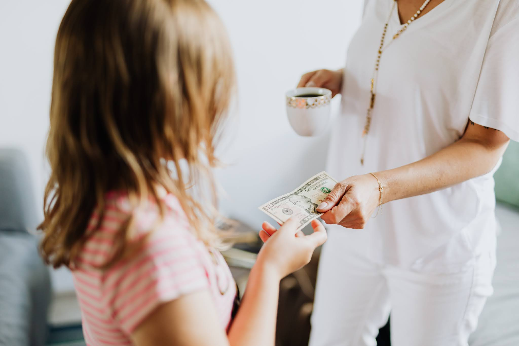 5 Ways to Teach Your Children to Be Financially Responsible