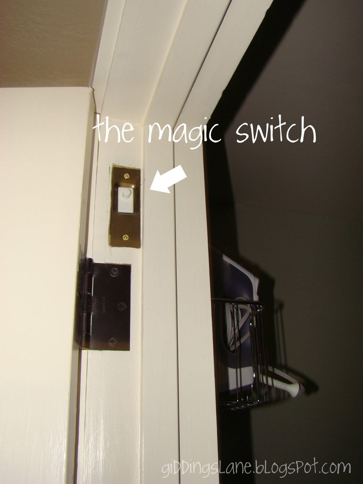 Automatic Door Light Switch Circuit Schematic
