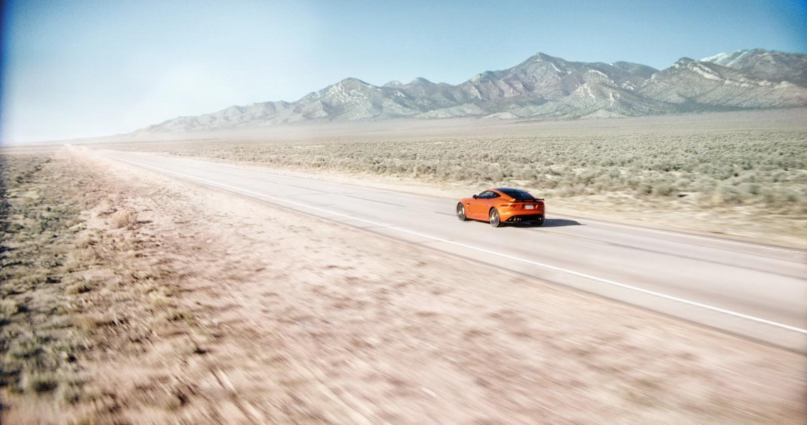 Michelle Rodriguez rú Jaguar F-Type SVR lên 323 km/h