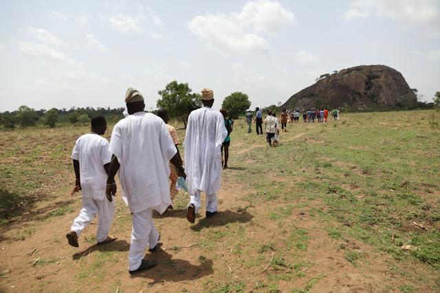 walking to the Agidan Hill