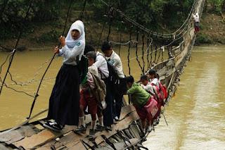 20 Jembatan Paling Ekstrim di Dunia