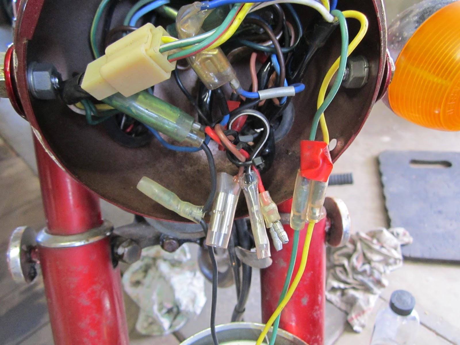 original wiring in head light yamaha ls3