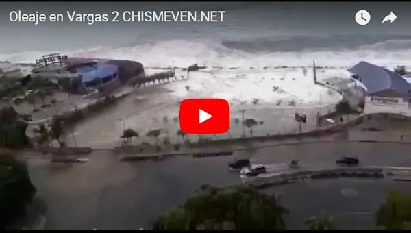 Fuerte oleaje inundó varios locales en el Estado Vargas