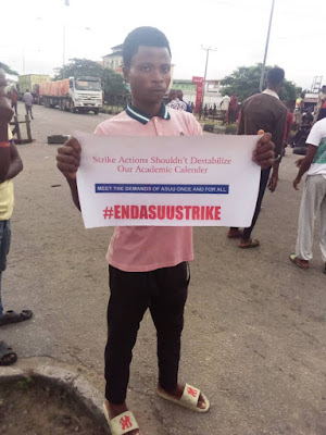 Unical & Crutech students lead Protest in Calabar For reopening of schools