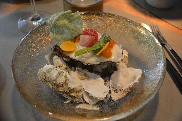 Restaurant Beluga oyster
