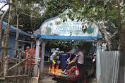 Dua Pesantren Jadi Sasaran Penyemprotan Disinfektan Oleh Brimob Aceh