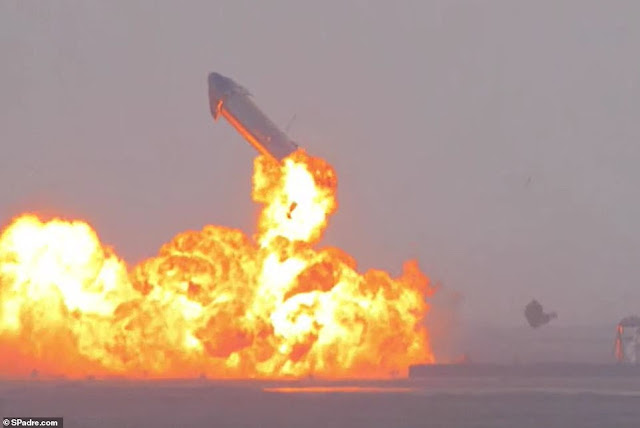 SpaceX's Mars mission shock - the explosion occurred 10 minutes after a successful landing