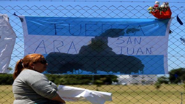 Reclaman a Gobierno argentino por detener rescate de submarinistas