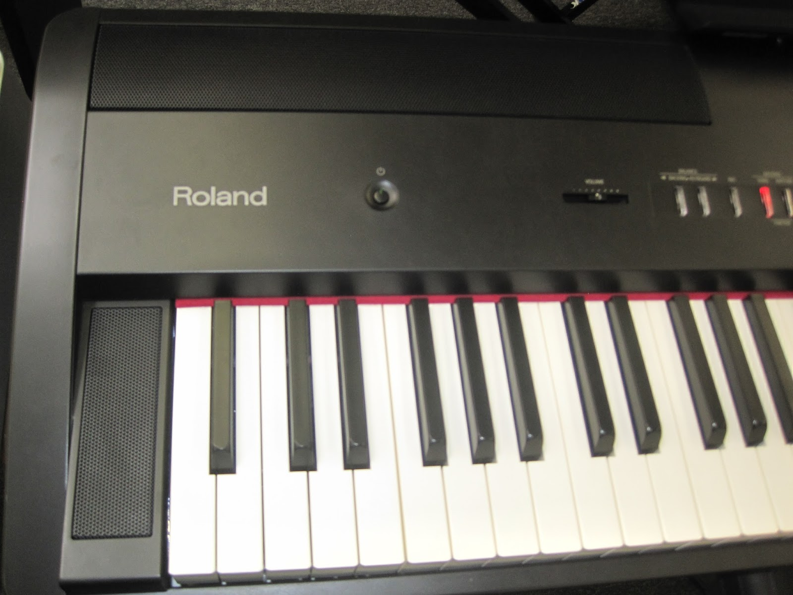 az piano reviews review roland fp80 digital piano portable powerful nice for the price. Black Bedroom Furniture Sets. Home Design Ideas