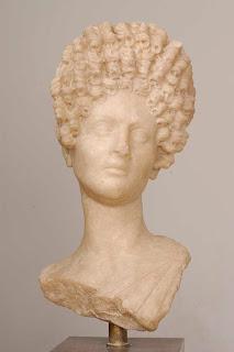 Vibia Matidia, sobrina-nieta de Trajano - a.  85-161 d.C.