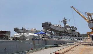 three-navy-ship-carry-oxygen