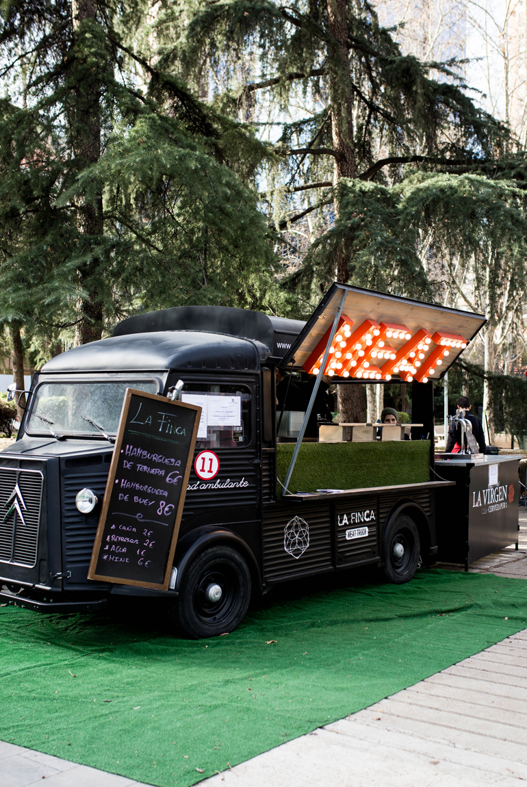 madreat-street-food-trucks-azca-madrid-la-finca-meat