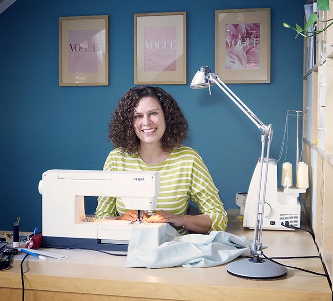 nähen, sewing, DIY, studio, sewing studio, Pfaff, Coverlock, quilt expression