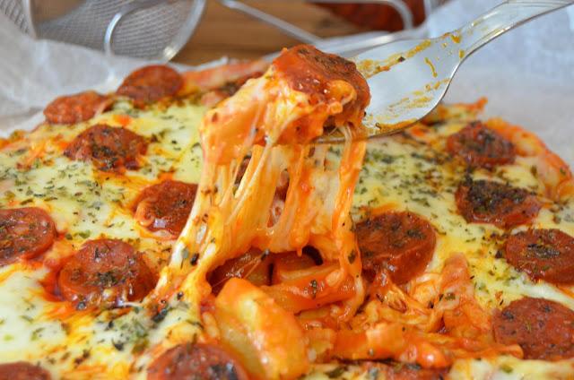 masa pizza patatas fritas, pizza con base de patatas fritas, pizza de patatas fritas, pizza papas fritas, pizza patatas fritas, las delicias de mayte,
