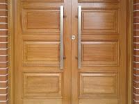 29 Desain Pintu Kayu