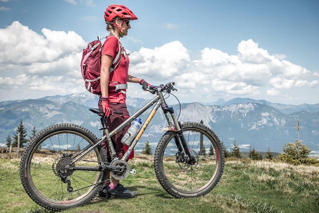 vaude equipment mountainbike girls pink red tracer