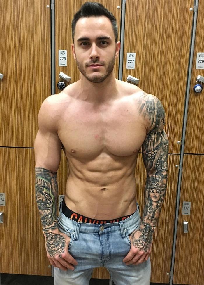 handsome-bearded-bare-chest-daddy-fit-body-tattoos-locker-room-str8-dilf