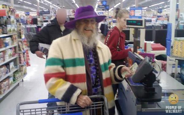 Funny people in walmart |Fun Aye! Daily doze of humour.