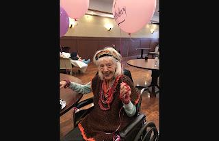 Mulher de 101 anos, que nasceu durante a gripe espanhola, vence o coronavírus