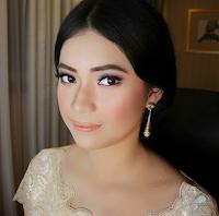 MUA makeup wisuda surabaya