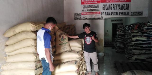 SK Penetapan Kuota Keluar, Pupuk   Bersubsidi di Sinjai Tersalurkan di Tingkat Distributor