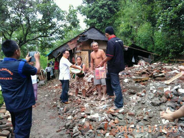 Penyerahan Bantuan bagi Korban Bencana