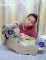 Caballito mecedora y sillón hechos con latas recicladas