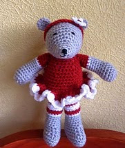http://www.ravelry.com/patterns/library/christmas-bear-2