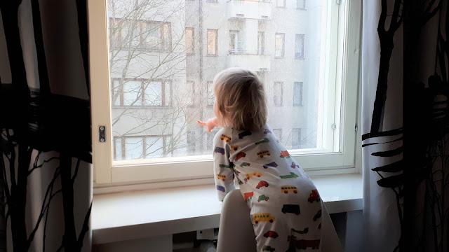 Marimekko autot, autobongausta, kaksivuotias, poika, kaksivuotishaastattelu