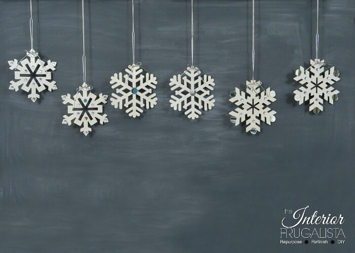 Easy Holiday Snowflake Craft