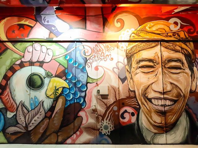 Wisata malam Solo, Menikmati mural street dan keroncong night (3) - jurnaland.com
