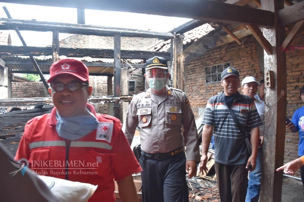 Rumahnya Ludes Terbakar, Manisih Diungsikan ke  Rumdin Kapolsek Prembun