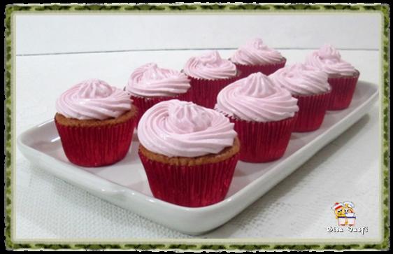 Cupcake de guaraná e doce de leite 12