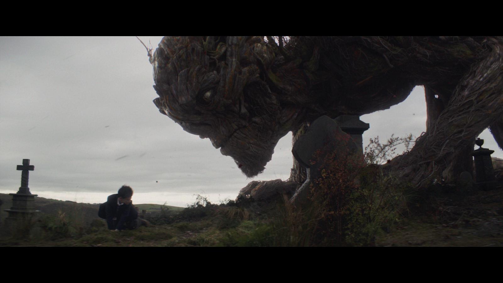 Un Monstruo Viene A Verme (2016) 1080p BD25 LATINO 5